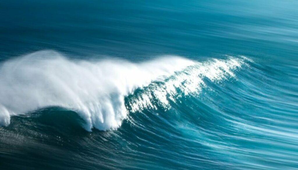 ocean-wave-1656579